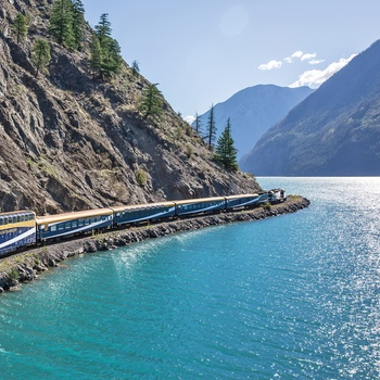 Rocky Mountaineer - Toget langs Seton Lake, Canada