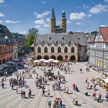 Goslar Marktplatz Fotograf Stefan Schiefer Quelle GOSLAR marketing gmbh.jpg