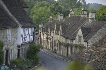 Cotswolds, Castle Coombe