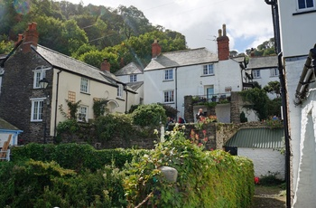 Den fine have foran Tea Room i Clovelly i Devon, England