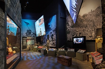 "The National WWII Museum i New Orleand - ""Courtesy of The National WWII Museum"""