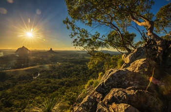 solnedgang over Glasshouse mountains