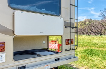 Road Bear autocamper C28-30 Type R - USA