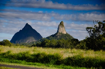 Glasshouse Mountains i Queensland - Coonowrin og Beerwah
