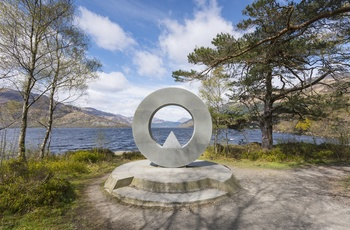 Memorial Sculpture, Rowardennan, Loch Lomond Skotland
